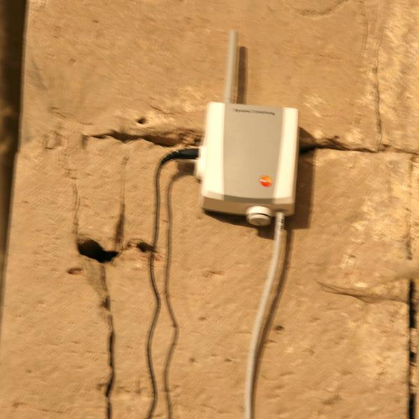 Sonda col·locada a la nau de l'església (Autor: Marina Miquel)
